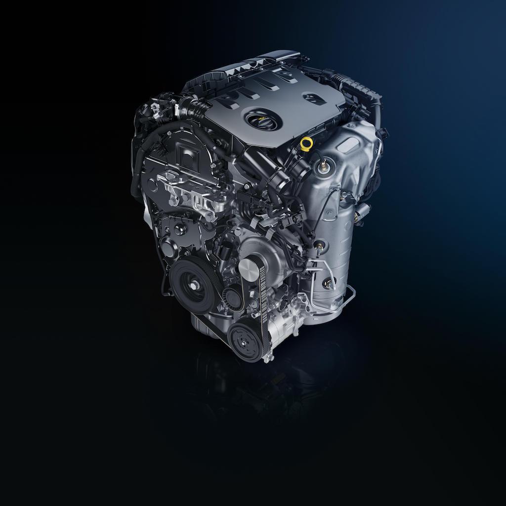 「【新車】プジョー・308が刷新。新型のディーゼルエンジンは1.5Lにダウンサイジングしながら最高出力を10psアップ」の1枚目の画像