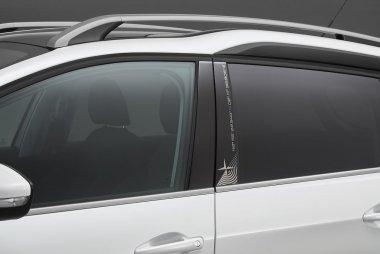 新車 プジョー 2008に270万円を切る特別仕様車 2008 crosscity を