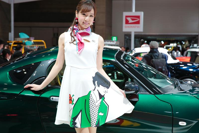 「これは素敵!3人の美女とダイハツ話題のコンパクト【東京オートサロン2019美女めぐり その4】」の13枚目の画像