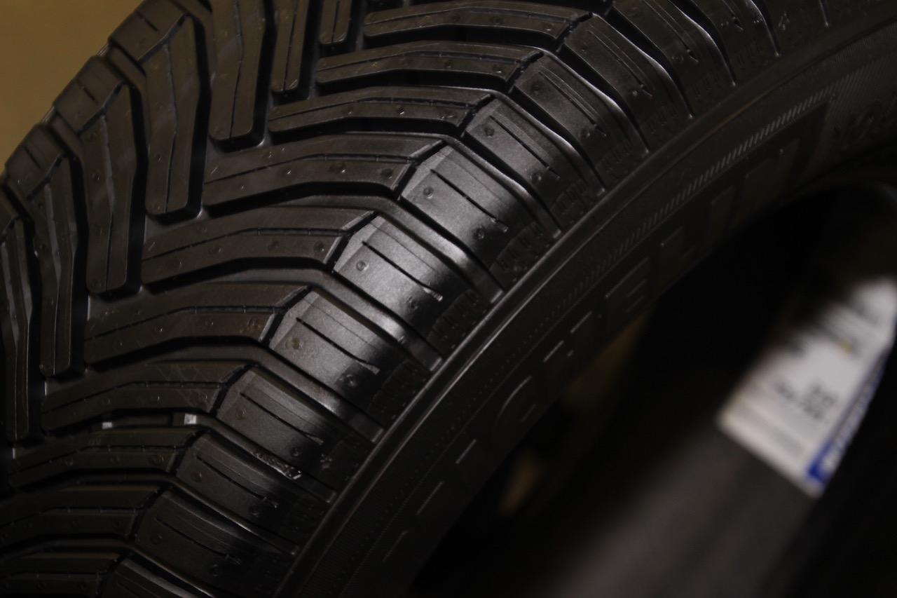 「オールシーズンタイヤではない!? 「雪も走れる夏タイヤ」。ミシュラン クロスクライメートが全国発売開始」の13枚目の画像