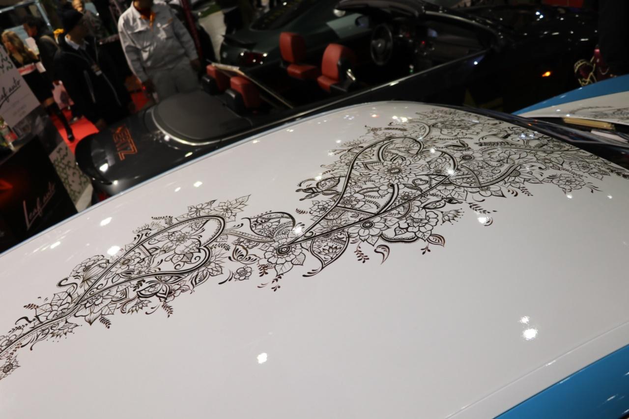 「「はがせるペイント」でクルマのボディにアートペイント。隠されたメッセージに心安らぐ【東京オートサロン2019】」の12枚目の画像