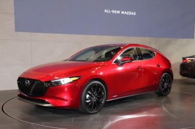 Mazda3_1-20190111114006-380x253.jpg