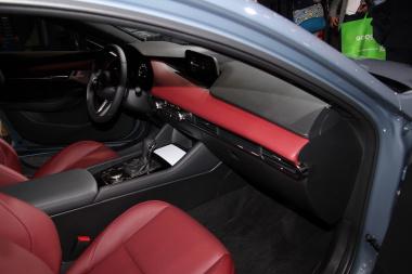 Mazda3_13-20190111114017-380x253.jpg