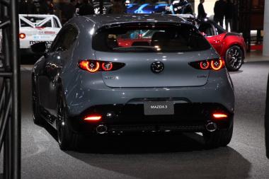 Mazda3_5-20190111114009-380x253.jpg