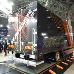 【東京オートサロン2019】日野自動車はガンダムのデザイナーとコラボ、トラックをモビルスーツ風に - TAS2019_DSCN0403