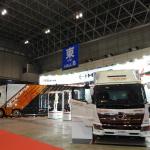 【東京オートサロン2019】日野自動車はガンダムのデザイナーとコラボ、トラックをモビルスーツ風に - TAS2019_DSCN0404