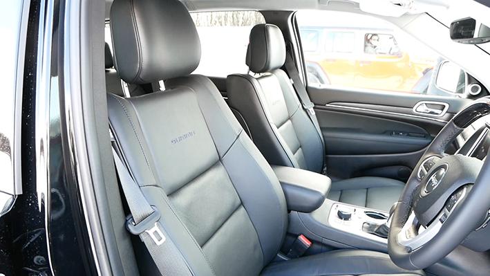 「【グランド チェロキー雪上試乗】ジープの最上級SUVはアメリカンなフィールで安心感もハイクラス」の9枚目の画像