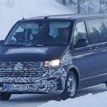 フォルクスワーゲンのトランスポーター「T6」改良型はグリルが巨大に! - VW T6 Facelift 3