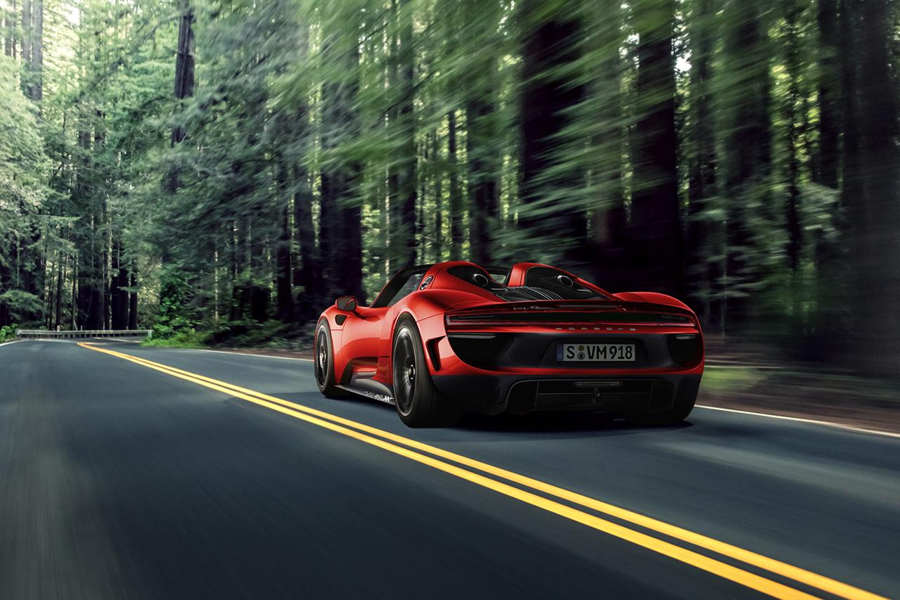 「ポルシェ・918スパイダーの後継モデルが開発中!? 2025年にフルEVモデルで登場か?」の1枚目の画像