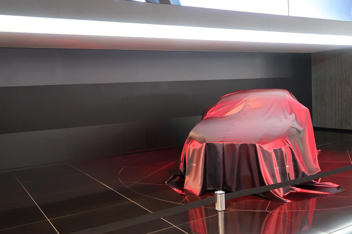 「次期CX-3なのか? マツダの「新型SUV」公開までカウントダウン」の1枚目の画像