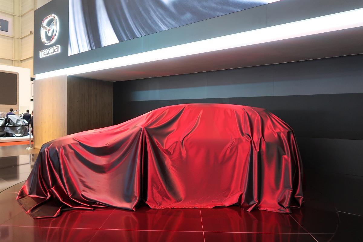 「次期CX-3なのか? マツダの「新型SUV」公開までカウントダウン」の4枚目の画像