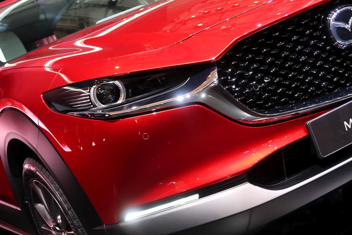 「なんと「CX-3」と併売? マツダの次世代SUV「CX-30」【ジュネーブモーターショー2019】」の4枚目の画像