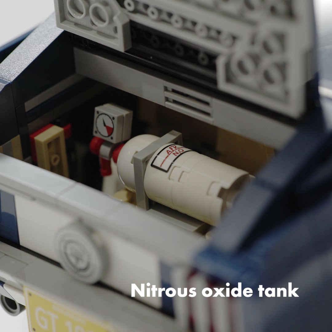 「これがレゴ? 爆走仕様にカスタムできるマスタングが世界で話題に」の10枚目の画像