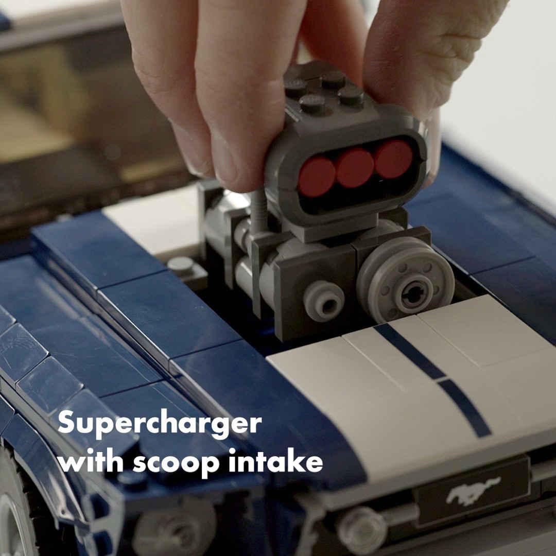 「これがレゴ? 爆走仕様にカスタムできるマスタングが世界で話題に」の11枚目の画像