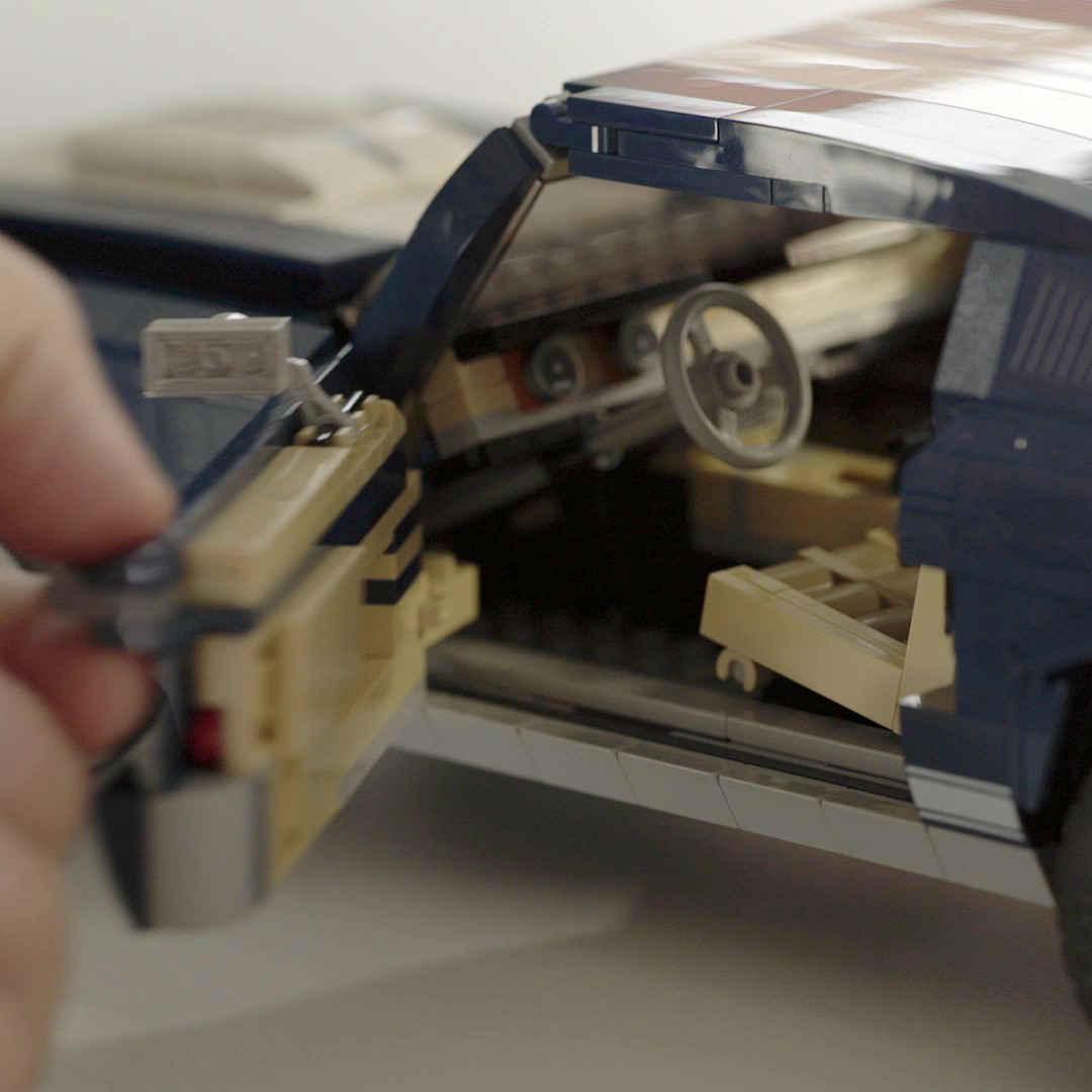「これがレゴ? 爆走仕様にカスタムできるマスタングが世界で話題に」の12枚目の画像