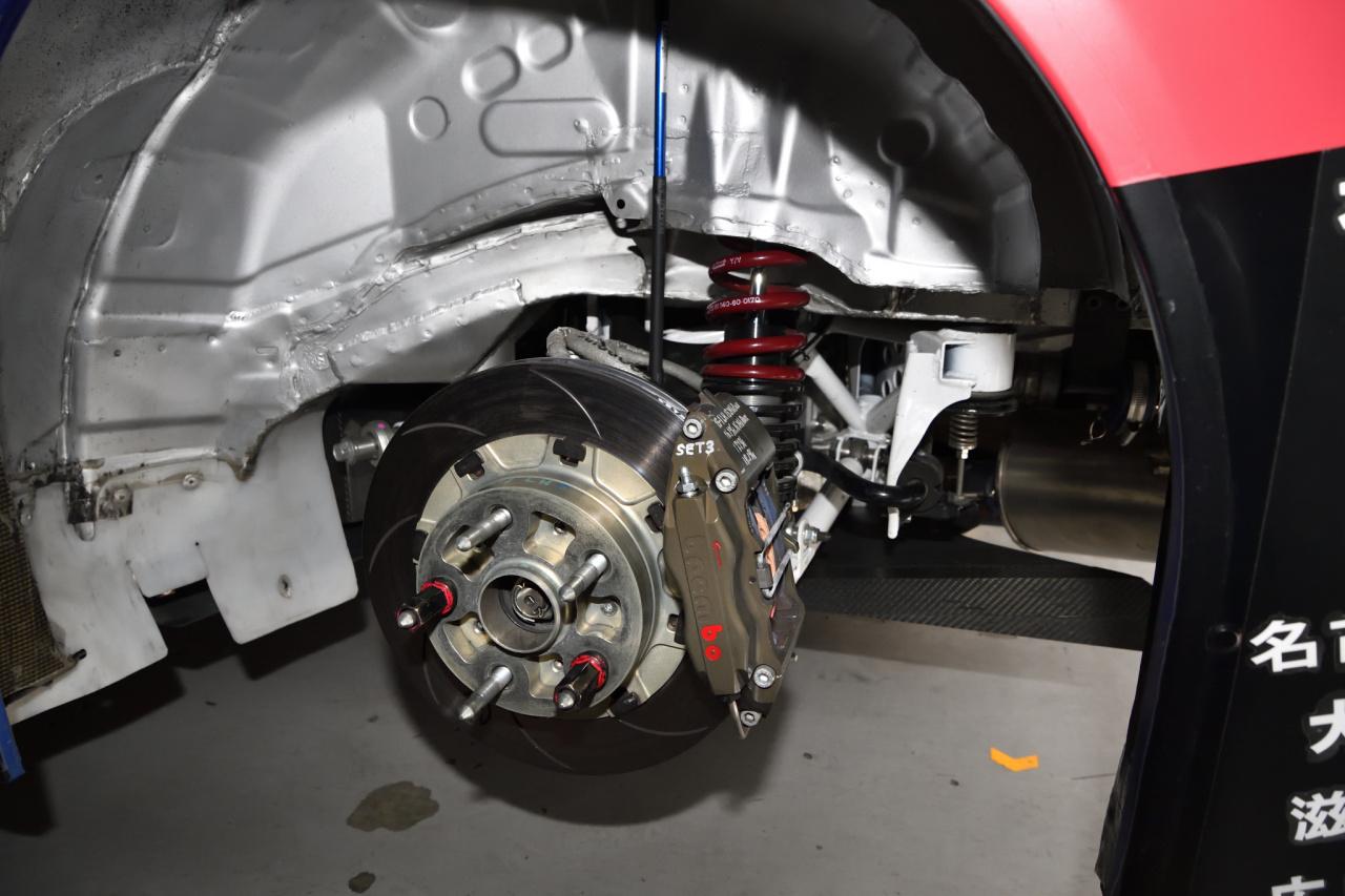 「STIが今年のレースマシンを公開。WRXもBRZも熟成された完成度が魅力!」の2枚目の画像