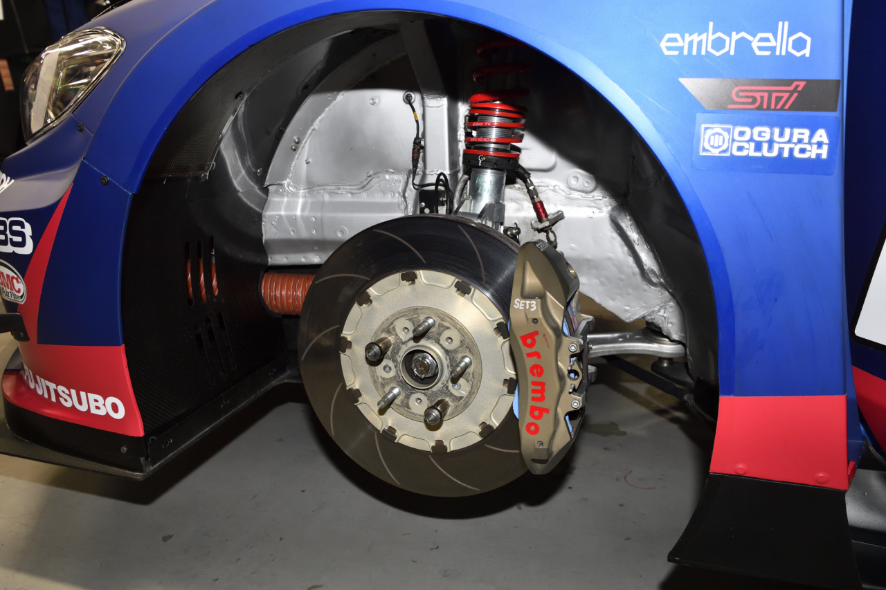 「STIが今年のレースマシンを公開。WRXもBRZも熟成された完成度が魅力!」の3枚目の画像