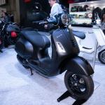 【スクーター編】モーターサイクルショー出展バイクから独断チョイス「〇〇ならこの3台!」 - VESPA GTS SUPER 300 QUASAR1