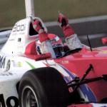 街中でもドライビングトレーニング!?元F1ドライバー・井出有治を育てたマイカー5選 - fポン2004