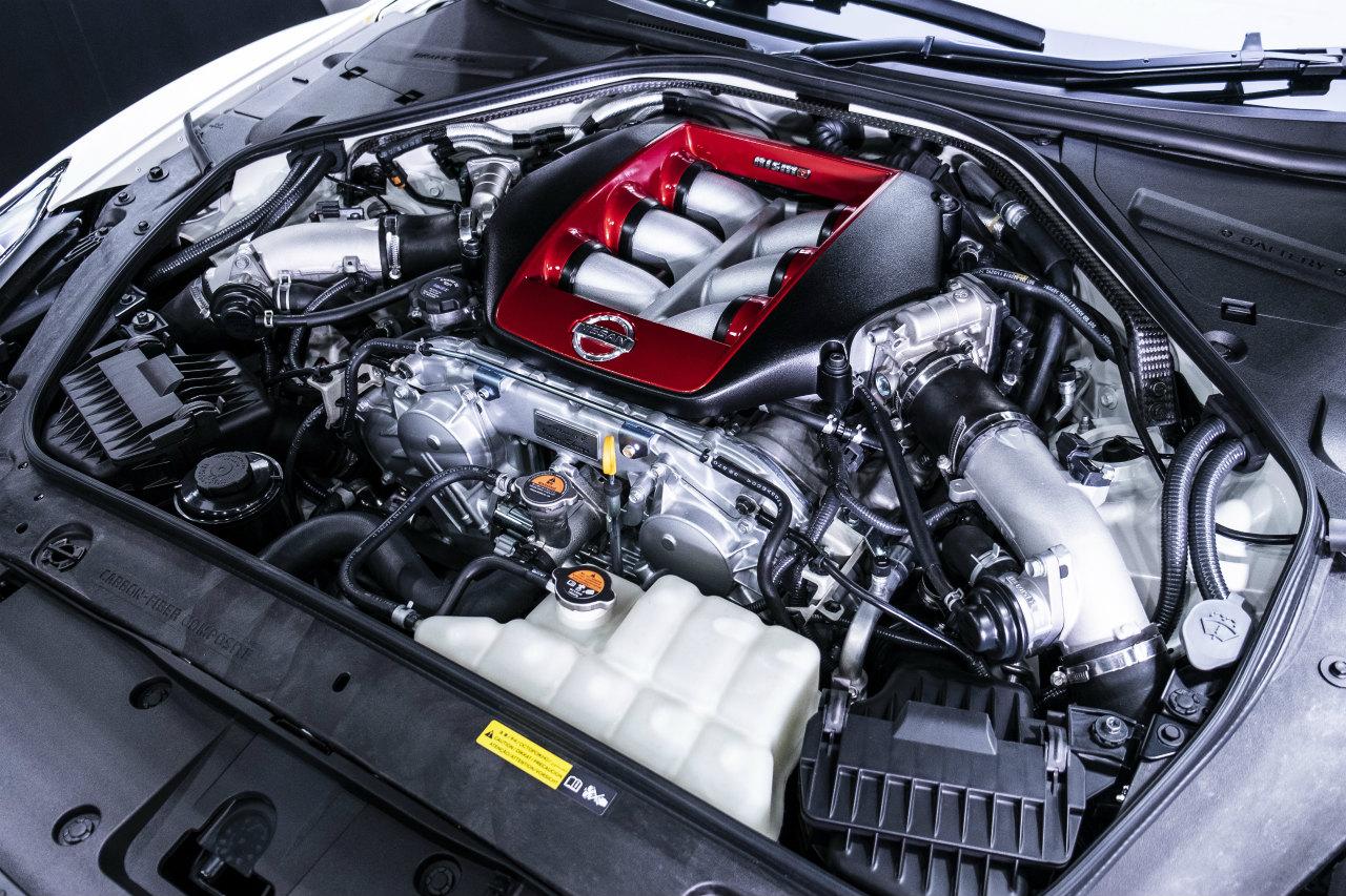 「世界最大級のカーボンセラミックブレーキ採用! 最強GT-Rがさらに進化【日産GT-R NISMO・2020年モデル】」の16枚目の画像