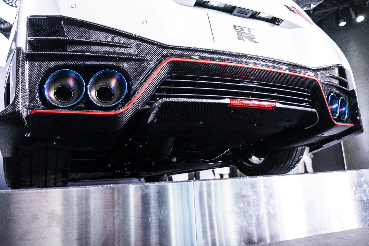 「世界最大級のカーボンセラミックブレーキ採用! 最強GT-Rがさらに進化【日産GT-R NISMO・2020年モデル】」の21枚目の画像