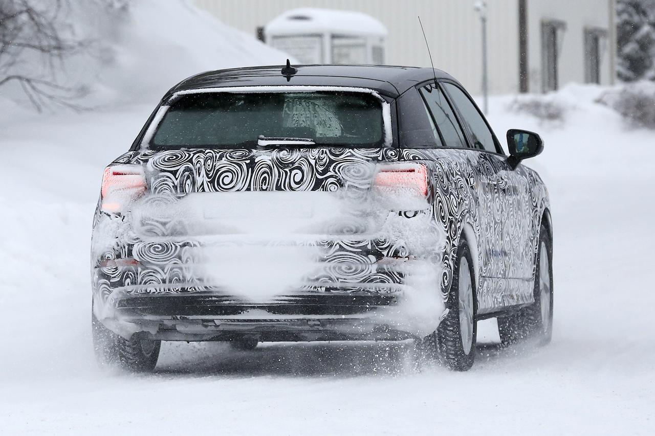 「「Audi Q2 e-tron」アウディ最小SUVもEV化へ…市販型プロトタイプ発見、上海モーターショーで発表か?」の8枚目の画像
