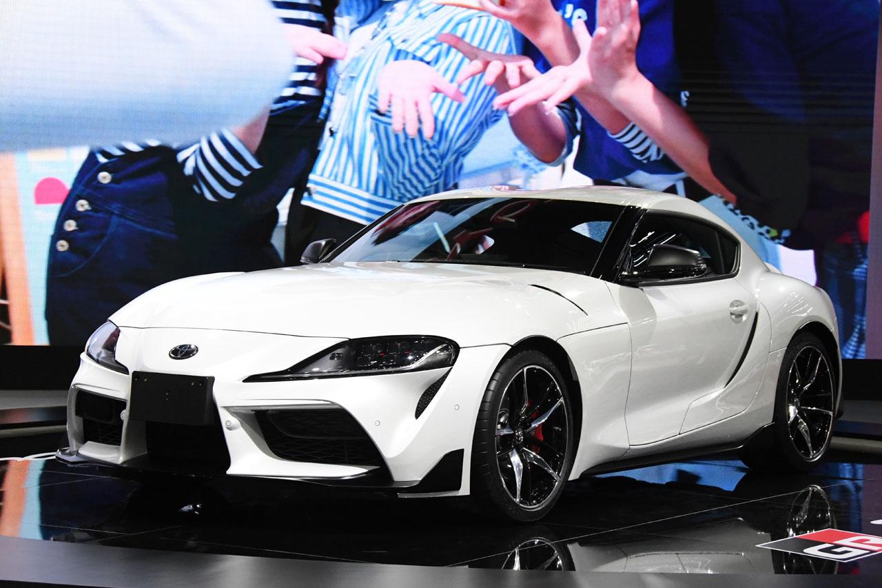 「トヨタブースに展示された新型ハイエースはウィンドウをブラックアウト。その理由は?【バンコク・モーターショー2019】」の5枚目の画像