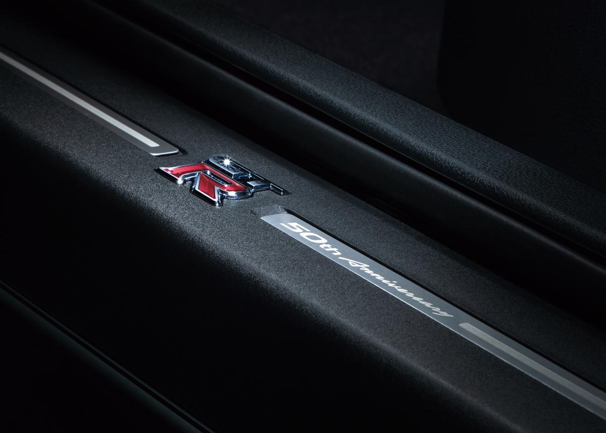 「日産・GT-Rが生誕50周年を記念した「NISSAN GT-R 50th Anniversary」が発表【新車】」の8枚目の画像