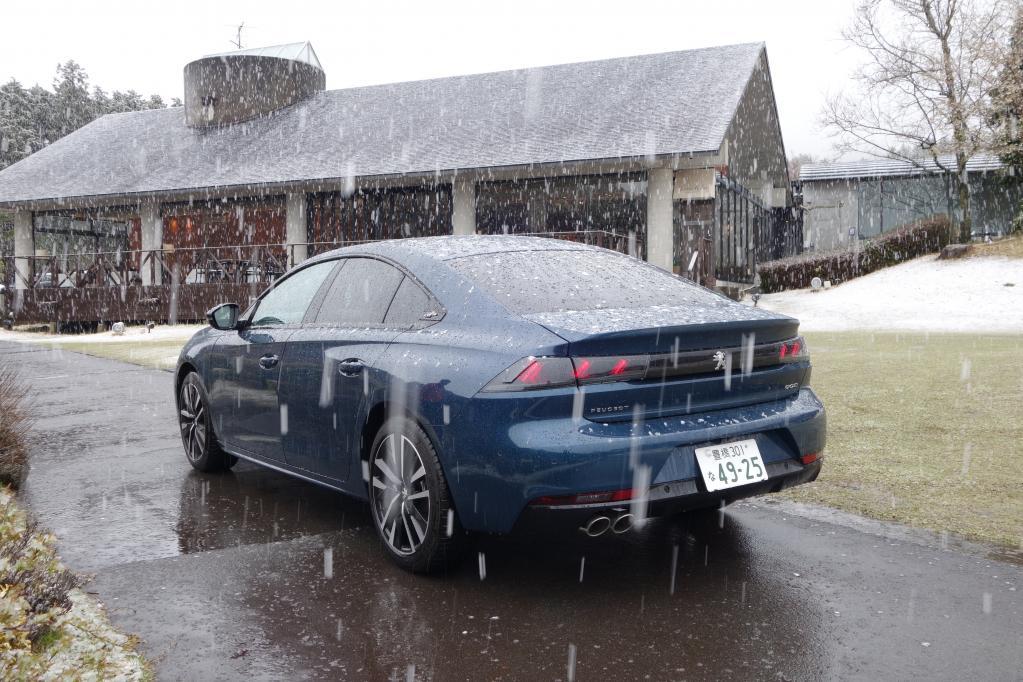 508 GT BlueHDi。2.0Lのディーゼルエンジンを搭載。