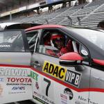 元F1ドライバー・井出有治選手も初体験の全日本EV選手権。ドノーマルのMIRAIで完走するドライビングとは?【モーターファンフェスタ2019】 - s-_N8K1397