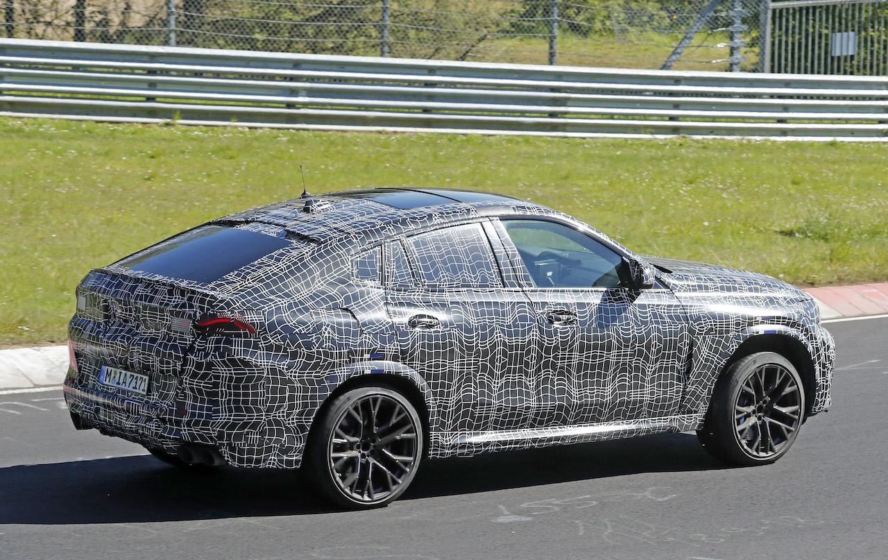 「ランボルギーニ・ウルスがライバル! 新型BMW・X6Mの最終デザインを確認」の9枚目の画像