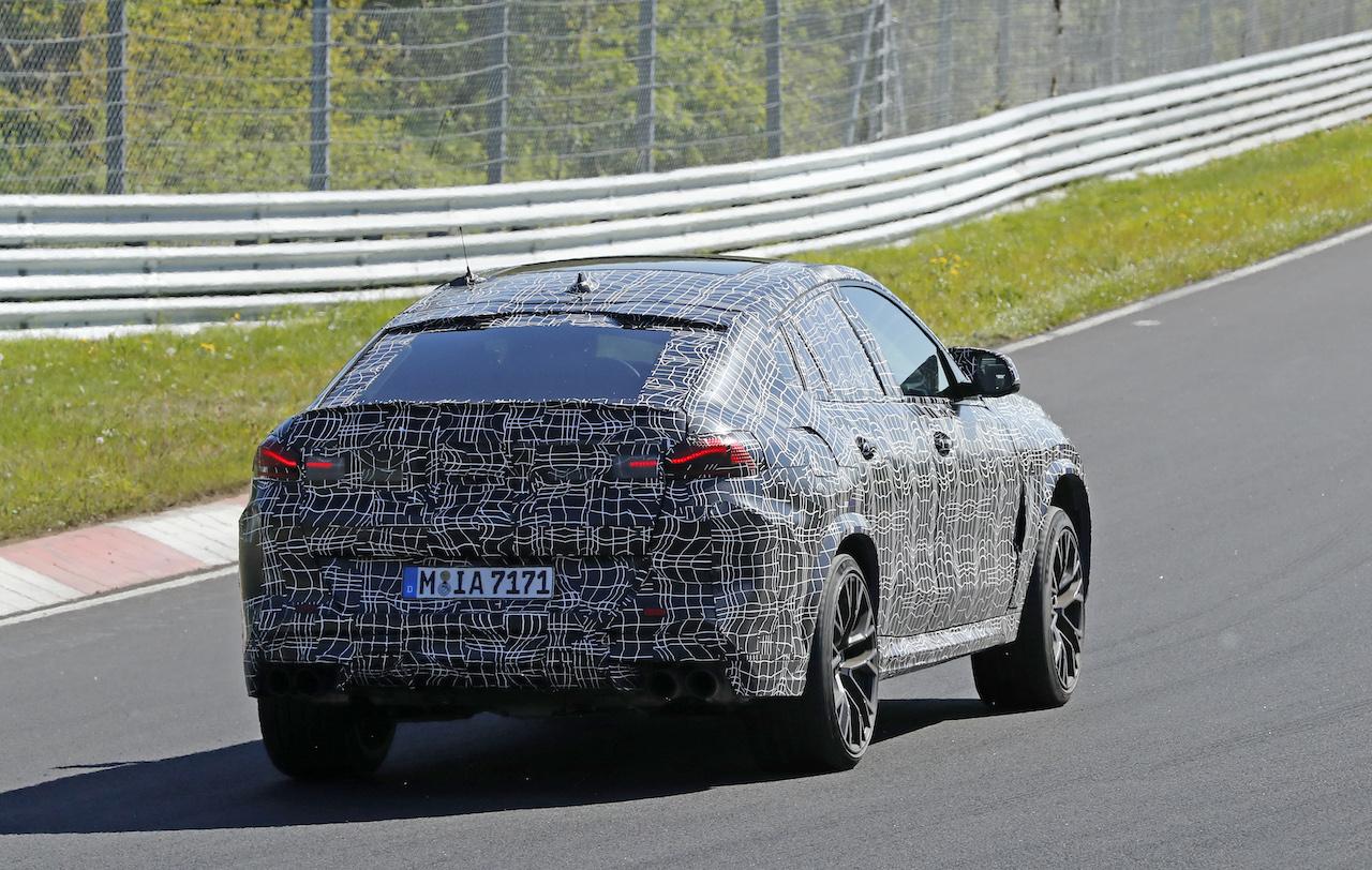 「ランボルギーニ・ウルスがライバル! 新型BMW・X6Mの最終デザインを確認」の11枚目の画像