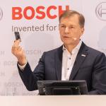 日本市場でも絶好調なドイツ・ボッシュが「パーフェクトリー キーレス」の開発車両を日本初公開 - sub1