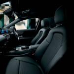 「【新車】メルセデス・ベンツからAクラス セダンが登場。4ドアクーペのような官能的なスタイリングで魅せる」の15枚目の画像ギャラリーへのリンク