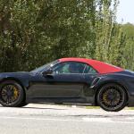 赤いファブリックルーフを装着し開発は大詰め!? 新型・ポルシェ 911ターボ カブリオレのプロトタイプをキャッチ - Porsche 992 turbo cab 7