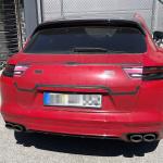 証拠はテールゲートの擬装!? ポルシェ・パナメーラ スポーツツーリスモ、初の改良型プロトタイプをキャッチ - Porsche Panamera Sport Turismo Facelift 1