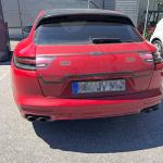 証拠はテールゲートの擬装!? ポルシェ・パナメーラ スポーツツーリスモ、初の改良型プロトタイプをキャッチ - Porsche Panamera Sport Turismo Facelift 6