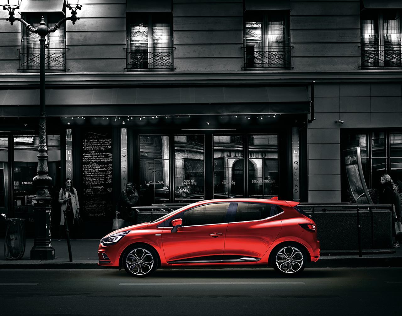 「【新車】情熱の赤をまとった「ルノー ルーテシア アイコニック」が40台限定で登場」の4枚目の画像