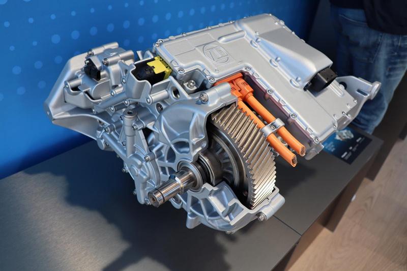 ZF1速電動ドライブ
