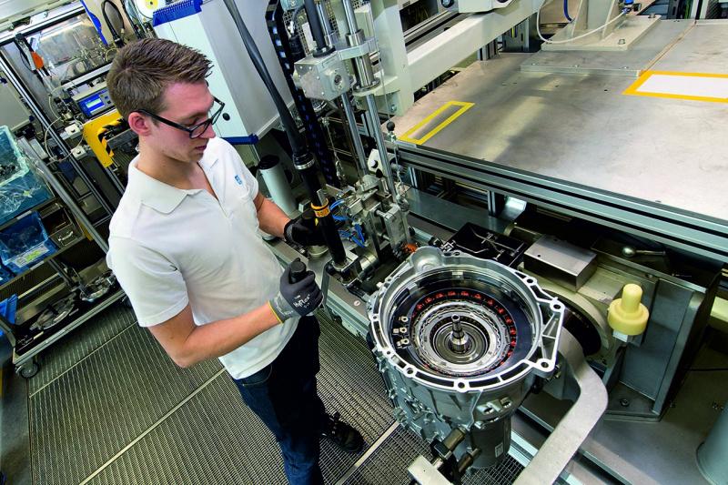 ZF8速AT生産工場