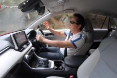 RAV4でドライブ。