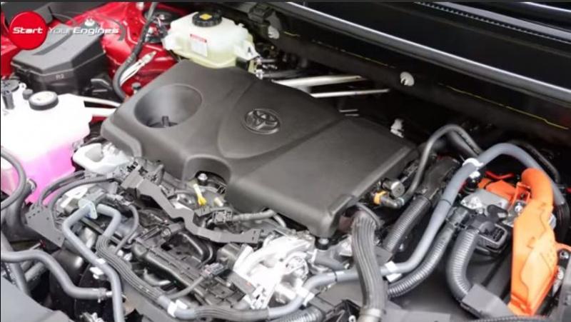 RAV4のエンジン。