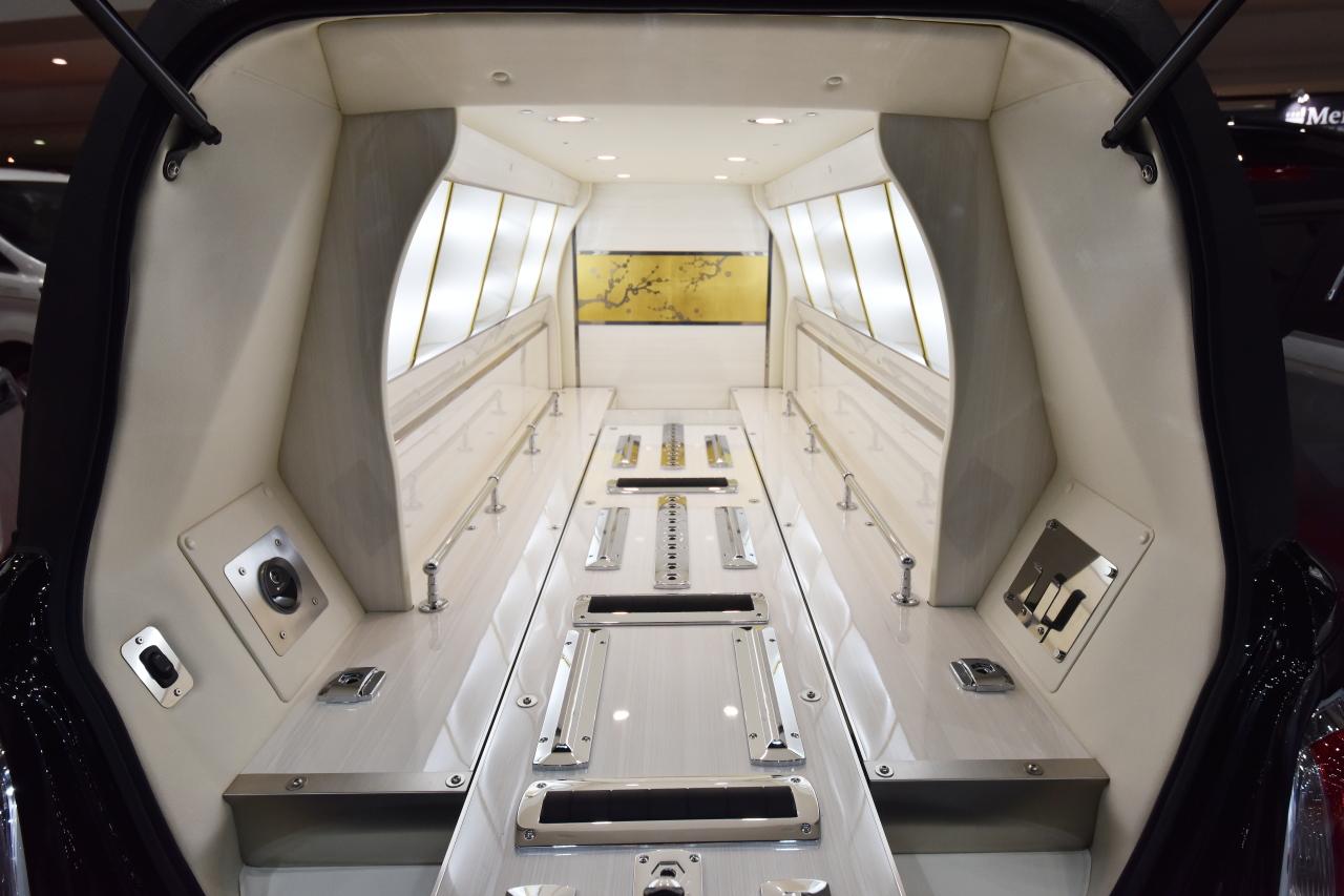 「宮型から洋型霊柩車への流れだけではない、これからの日本に求められる霊柩車とは?」の4枚目の画像