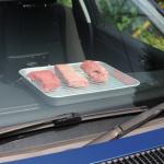 【マジメに実験してみた】炎天下の車内に牛肉を置いたら、過去最高に美味しいローストビーフができた!? - DSC_3369