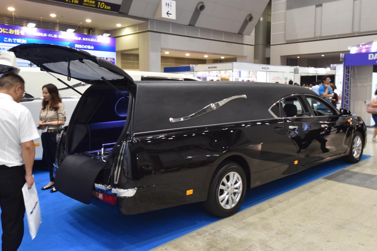 「宮型から洋型霊柩車への流れだけではない、これからの日本に求められる霊柩車とは?」の7枚目の画像