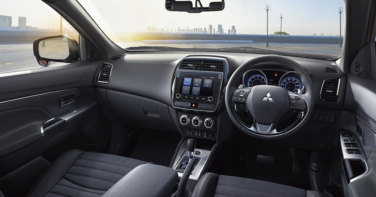 「三菱 RVRが最新の「ダイナミックシールド」フェイスに一新。全グレードが「サポカーSワイド」に該当」の1枚目の画像