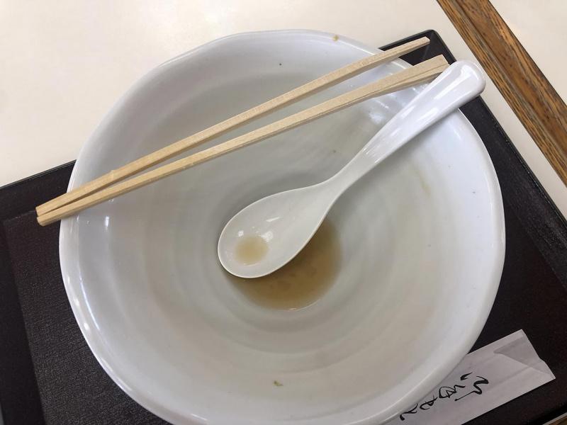 佐野ラーメンの丼