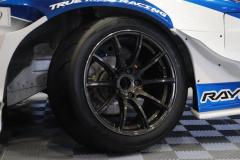 タイヤ F:TOYO TIRES・PROXES R888R (255/40R17)