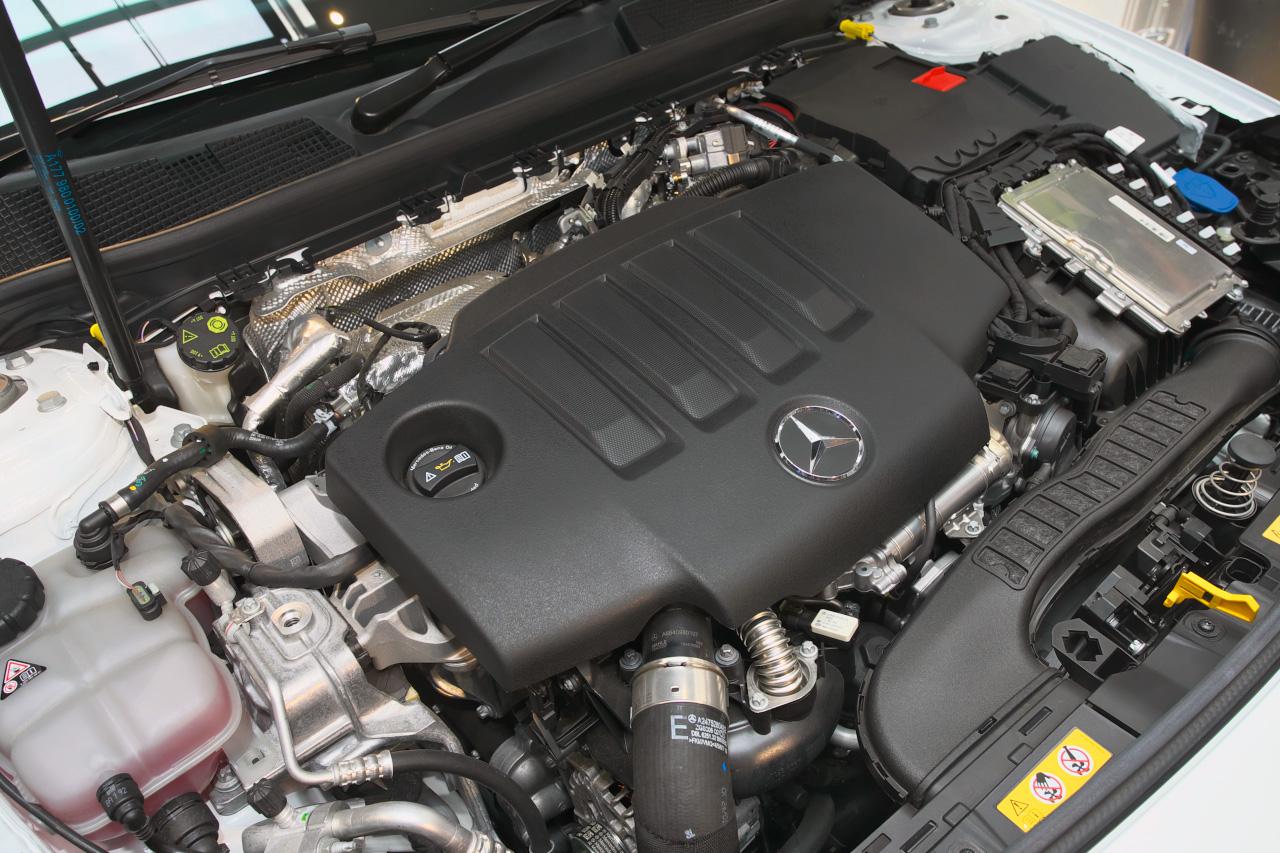 CLA 2Lディーゼルエンジン
