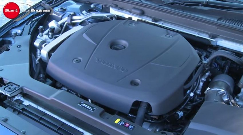 2L直4ターボのエンジン